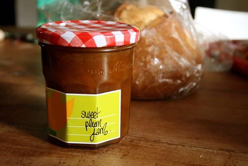 sweet plum jam