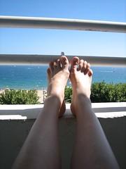 feet bliss (Ladybadtiming) Tags: blue sea summer flesh naked bliss fréjus 83 var mdpd theme158