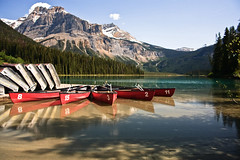 Emerald Lake - Canada (Jackpicks) Tags: lake canada canoes alberta banffnationalpark emeraldlake gpsetest