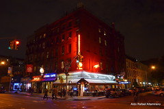 Nikon D7000 - High ISO Test #5 (Rafakoy) Tags: street city nyc newyorkcity light shadow people test ny newyork color colour cars colors car night digital lights high colours shadows with darkness manhattan picture taken iso example sample late 3200 nite 6400 afsnikkor18105mmvr nikond7000