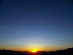 Blissful Moment (troikkonen) Tags: sunset sky sun mountains evening utah zonsondergang poetry poem tramonto prdosol puestadesol naplemente  solnedgang solnedgng gnbatm  coucherdusoleil  auringonlasku zpadslunce santaquin  zachdsoca loojang slsetur sonnizahod saullydis zpadslnka apusdesoare saulriets impressedbeauty  dersonnenuntergang saatmatahariterbenam