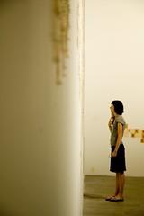 standing (Nicola Zuliani) Tags: mostra people arte persone biennale venezia visitatori nizu zuliani nicolazuliani artismo nnart nnart654 wwwnizuit