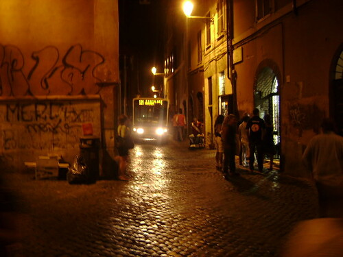 Rome at night ... yes that bus is really small!