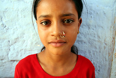 little girl Tikharda (Julien Mailler) Tags: world life portrait people india girl reflections asian julien kid asia child indian asie nosering rajasthan bundi jules1405 unseenasia tikharda noseringthefeminine mailler asiatiquestravel