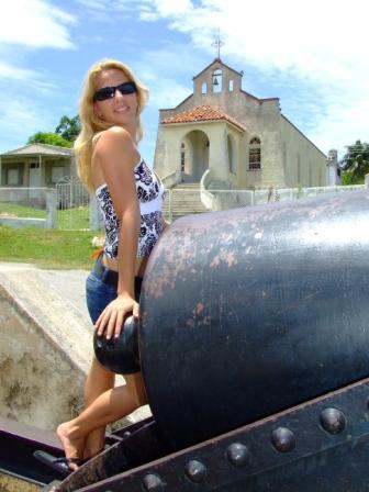 La cubana es la reina del Eden.....(fotos de bellezas en Cuba) 1277089909_e528ee1d35_o