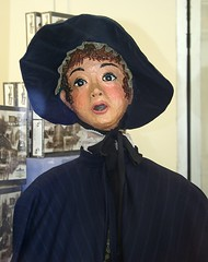 Another Dummy (Dania Hurley) Tags: downtown dummy dickens papiermache caroler cambridgeohio