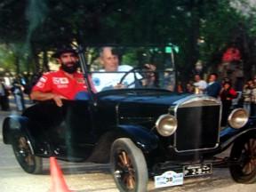 Ford-T 1926 - de Americo Peretti (blanco)