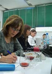 Fue exitoso el concurso de vinos caseros Racimo de Oro Lavalle 2010