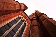 Catedral - by photographer padawan *(xava du)