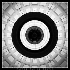 Concentric - by Yannig Van de Wouwer