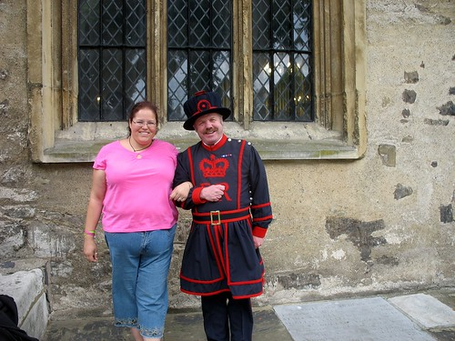 Me and the yeoman warder who guided our tour