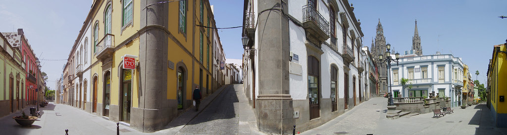 Esquina calle Gourié con San Juan. Arucas