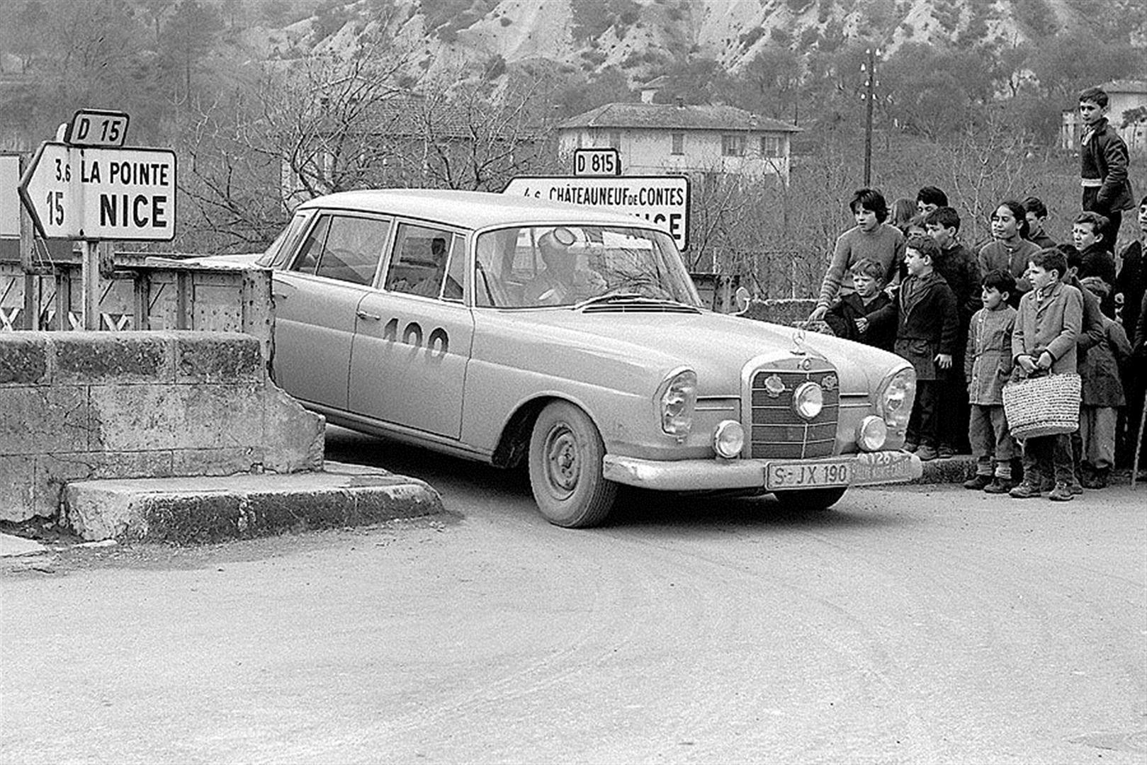 the Mercedes-Benz W111 and