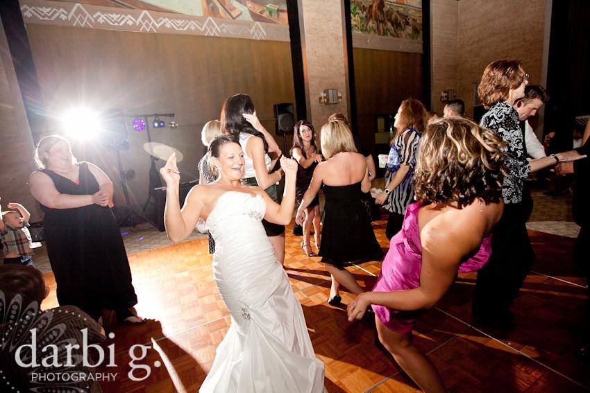 Kansas City Omaha wedding photographer-Darbi G Photography-143