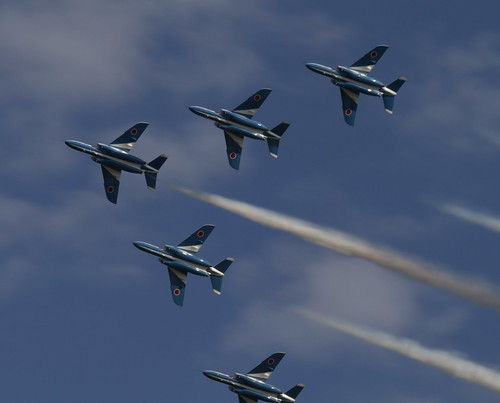Blue Impulse in formation