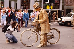 The Man of Gold (f_lopiano) Tags: street man bike gold edinburgh photographer bycicle
