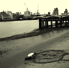 lowtide (gregjack!) Tags: man london water thames river sand stpauls southbank lowtide riverbank sandart blackwhitephotos piermcranes