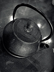 A Little Less Ordinary (Maya Bolduan Photography) Tags: wood blackandwhite detail metal teapot oldfashioned