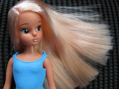 Her hair is sooo soft and Fabulous! (Lawdeda ♡) Tags: she love club is you think dal her thank 28 67 licca