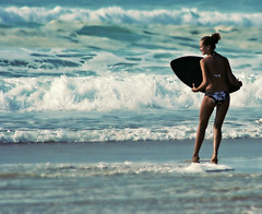 (JorgeMiente.es) Tags: beach photoshop surf chica playa hossegor bikini jorge francia tabla portafolio miente aquitaine landas jorgemiente milmillonesnet forinocuo