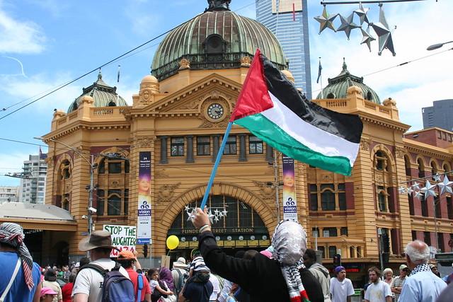 Melbourne Gaza protest: Palestinian Flag at Flinders Street Station