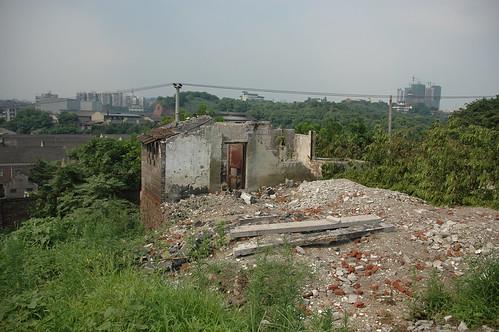 發展建設是硬道理