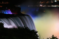 Niagara @ Night (Ming chai) Tags: niagara supershot