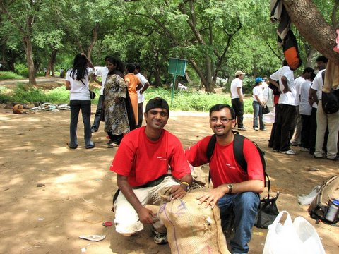 Adarsh and Shashidhar of Oracle, two of the volunteer leaders