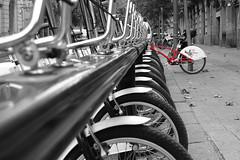 Esperit de contradicció / Contradiction Spirit (juli_modul) Tags: barcelona bike bicicleta catalunya contradiction soe cataluña cruzadas dscr1 sonydscr1 abigfave shieldofexcellence ltytr2 ltytr1 bicing theperfectphotographer contradicció goldcruzadas