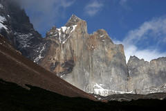 Cerro Catedral (Cathedral Hill) - Torres Del Paine Natinal Park - Patagonia - Chile ({ Planet Adventure }) Tags: chile patagonia holiday southamerica wow photography photo interesting bravo photographer explorer ab adventure planet day5 thebest allrightsreserved interessante digitalphotography holidayphotos stumbleupon copyright travelguide travelphotography interrestingness digitalworld intrepidtraveler torresdelpainenationalpark traveltheworld planetadventure colorfulworld worldexplorer amazingplanet by{planetadventure} byalessandrobehling intrepidtravel torresdelpainecircuit 20070104 alessandrobehling stumbleit topphotography holidayphotography alessandrobehling copyright20002008alessandroabehling colorfulearth photographyhunter photographyisgreatfun