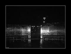 Cascada en la Oscuridad - by amankay