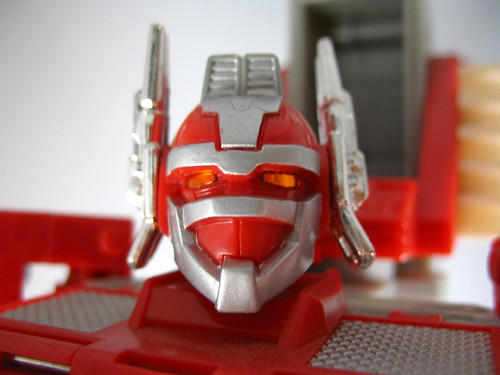Robots In Disguise Close-Up