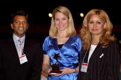 Marissa Mayer with Searchnomics award