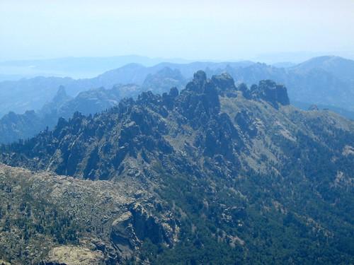 Du sommet de l'Alcudina : les aiguilles de Bavella