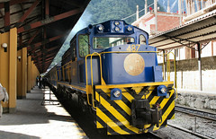 machu picchu train in aguas calientes station