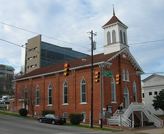 Dexter St Baptist Church (by: Jimmy Emerson, creative commons license)