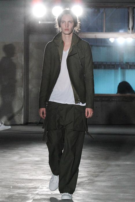 Rutger Derksen3064_SS11_Tokyo_Sise(Fashionsnap)