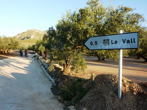 hacia el área recreativa de la Vall