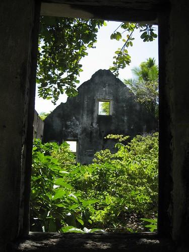 House ruin, Tetmanu