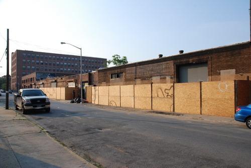 N 9th Street Side