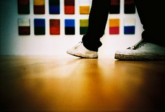 lees feet and art (lomokev) Tags: wood blur berlin art lomo lca xpro lomography crossprocessed xprocess madera shoes dof low ground lomolca trainers lee agfa holz jessops100asaslidefilm agfaprecisa lomograph agfapre