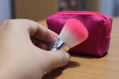 Charm Luxe Mini Kabuki Brush