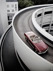 DSC_0190 (romanraetzke) Tags: auto red rot car digital nikon d70 parking hamburg convertible mercedesbenz oldtimer roadster cabriolet parkhaus pagode 230sl