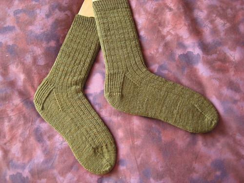 olive boy-socks