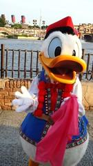clappin (haphopper) Tags: spring donald themepark tokyodisneysea 2010 big5 tds springcarnival tdr big8 medharbor thebulgariaunit