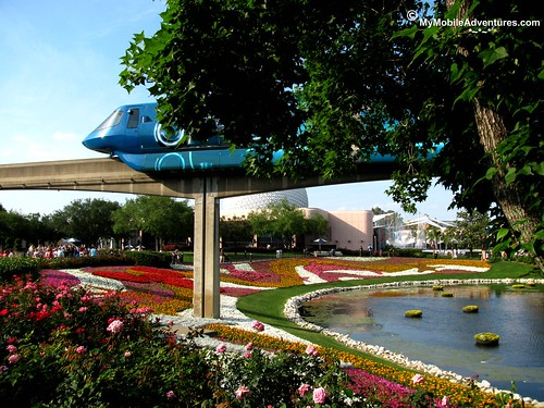 IMG_3477-WDW-EPCOT-rose-walk-Tronorail