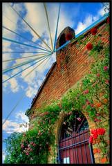 (otrocalpe) Tags: loreto hdr orton chiesetta colorphotoaward holidaysvacanzeurlaub bandieruola badorlina