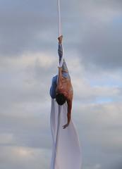 P1200981MC - Reach (hypersapiens) Tags: toronto international circus festival ticf 2007 aerial silks jen georgopoulos zerogravity withoutborders