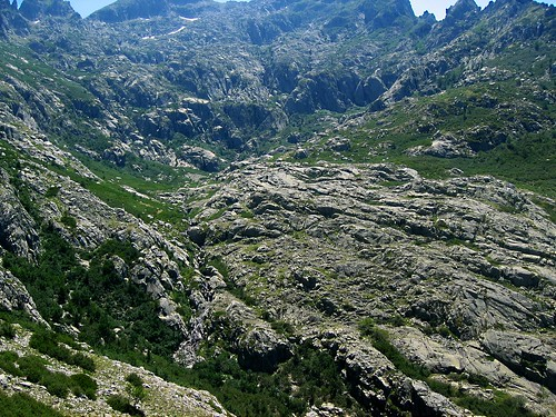 Crête de Coracchia vers 1750 m : haut vallon de Coracchia