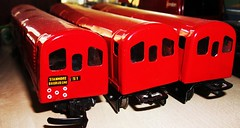 Ever Ready Tube trainset 1950's.   22/06/10 (Ledlon89) Tags: london transport 1950s batteries lt trainset modeltrains tubetrain toytrains everready undergroundtrains